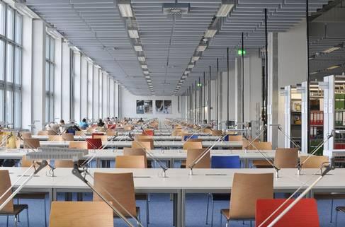 Lesesaal Bibliothek Campus Wilhelminenhof